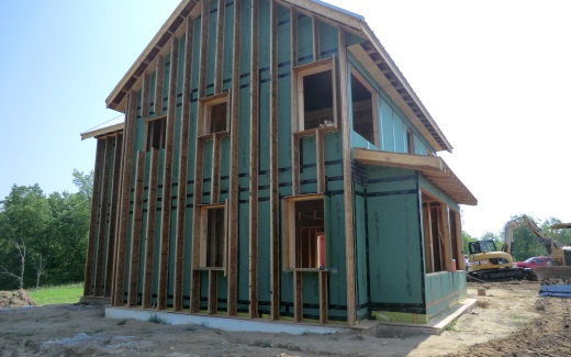 Insulation wall trusses