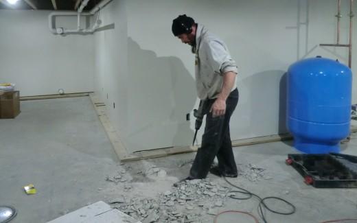 Grading crawlspace floor drain